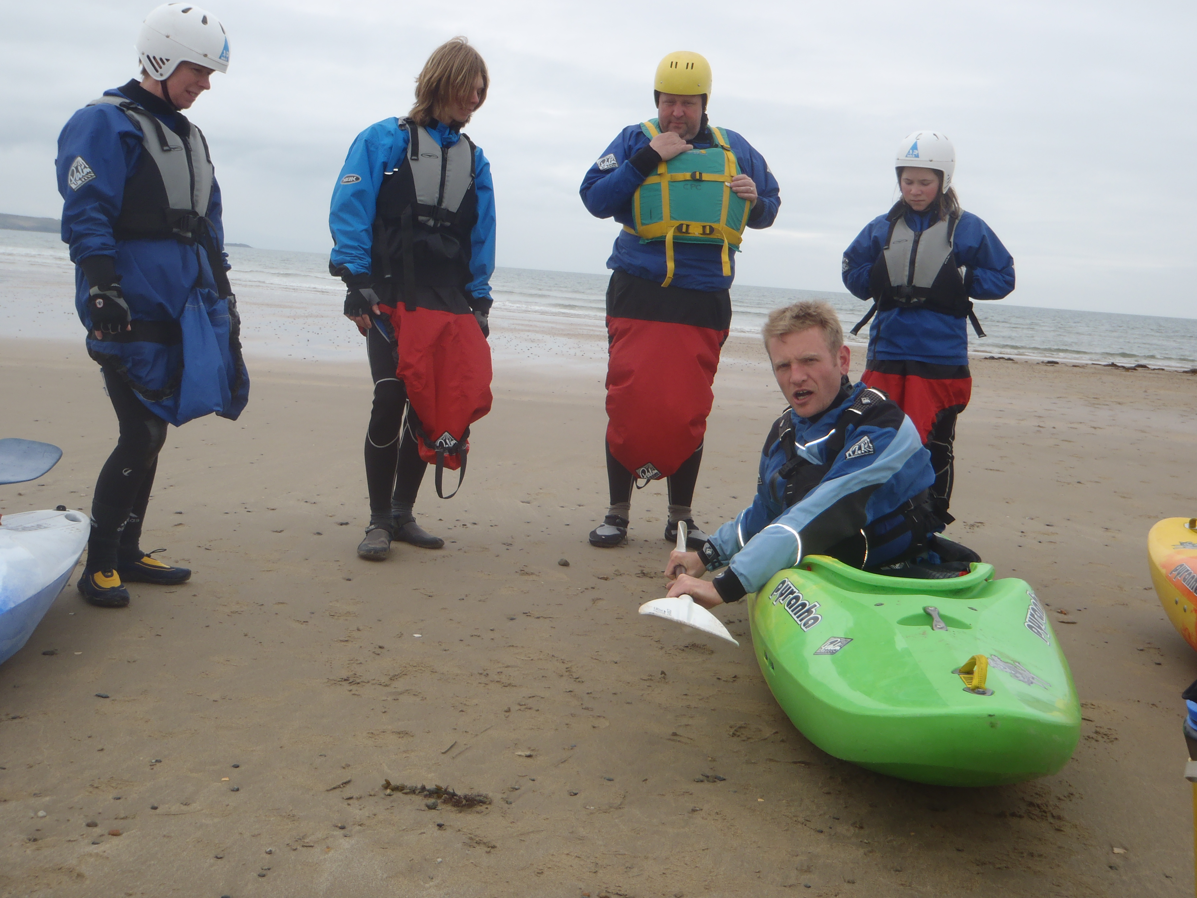 Learning to Surf a kayak